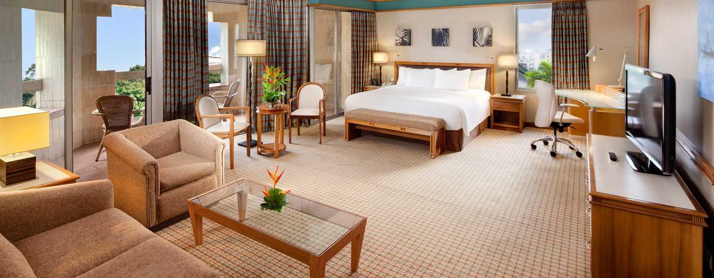 Hôtel Hilton Yaounde, Cameroun - Suite exécutive avec très grand lit