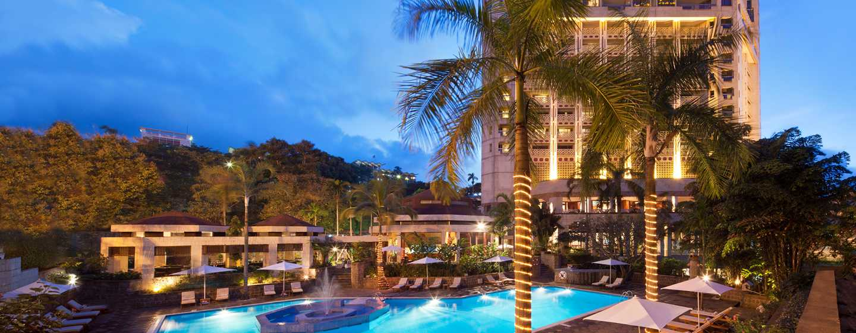 Hôtel Hilton Yaounde, Cameroun - Piscine extérieure