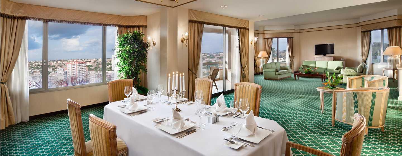 Hôtel Hilton Yaounde, Cameroun - Suite présidentielle avec très grand lit