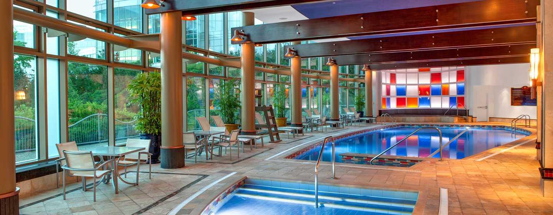 Hôtel Hilton Lac-Leamy, Gatineau, Canada - Piscine intérieure et bain à remous