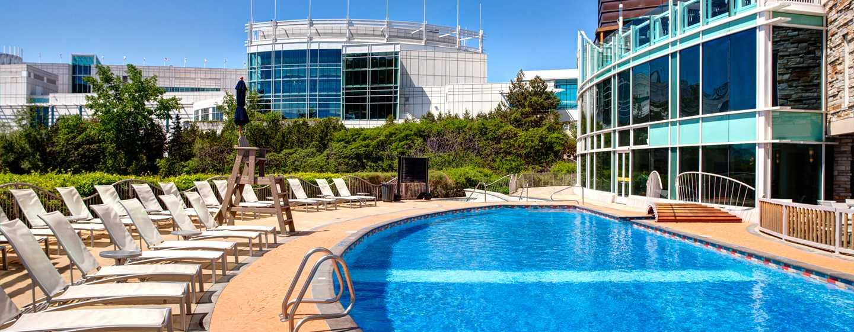 Hôtel Hilton Lac-Leamy, Gatineau, Canada - Piscine extérieure