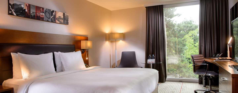 Hilton Zurich Airport Hotel, Schweiz– Executive Zimmer mit Queensize-Bett
