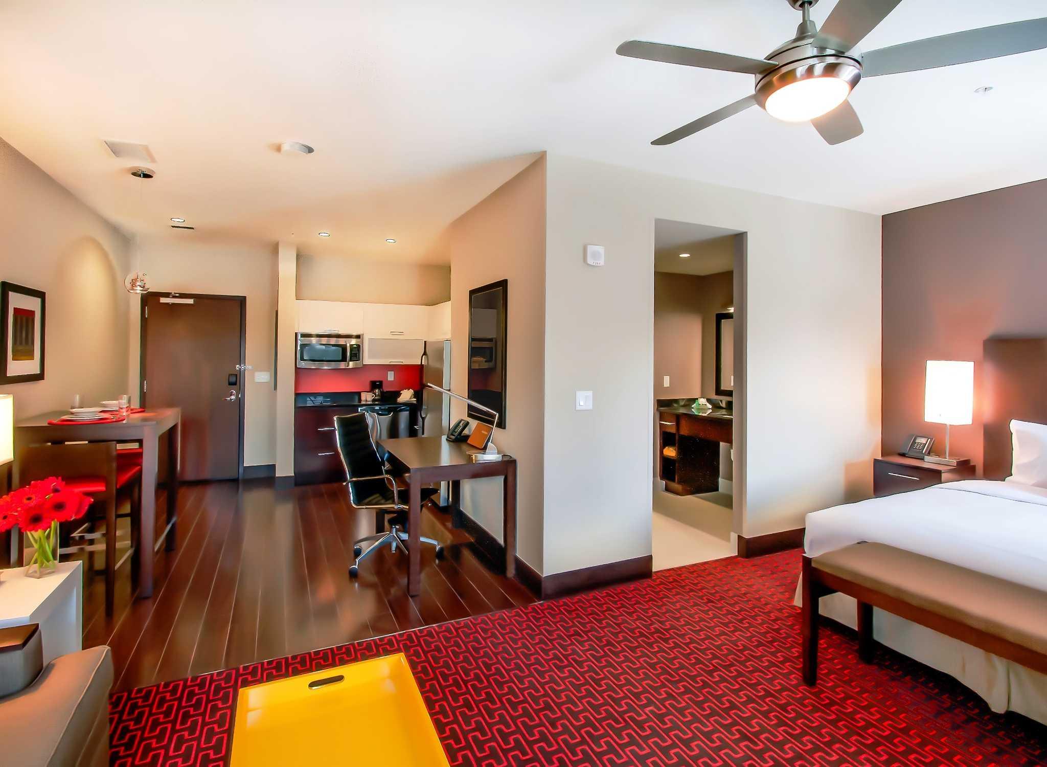 Hotel Homewood Suites en el centro de Denver, cerca del centro de ...