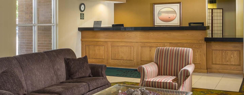 Homewood Suites de Hilton em Westchase, Houston, EUA - balcão de recepção