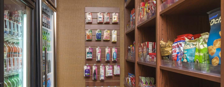 Homewood Suites de Hilton em Westchase, Houston, EUA - Loja de conveniência