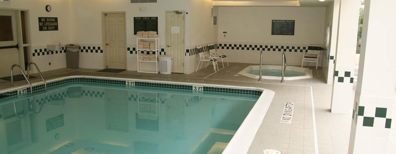 Homewood Suites de Hilton em Westchase, Houston, EUA - Piscina coberta