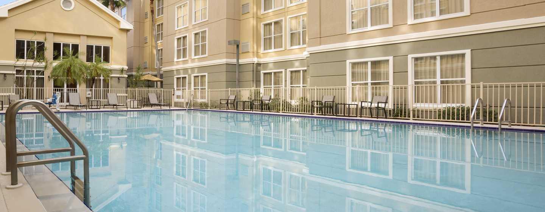Homewood Suites do Hilton Orlando-International Drive/Centro de Convenções, Orlando, Flórida - Piscina ao ar livre