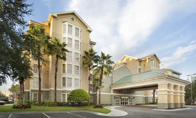 Homewood Suites by Hilton Orlando-International Drive/Convention Center, Orlando, Florida - Entrada del hotel