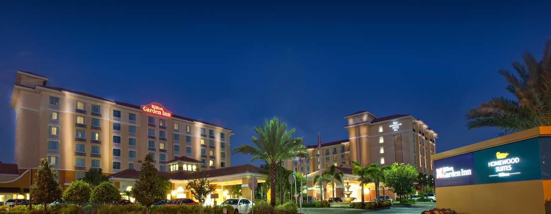 Homewood Suites by Hilton Lake Buena Vista - Orlando Hotel, Florida - Exterior, à noite
