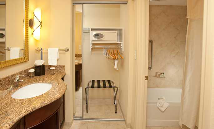 Homewood Suites by Hilton Lake Buena Vista - Orlando - Bathroom Vanity