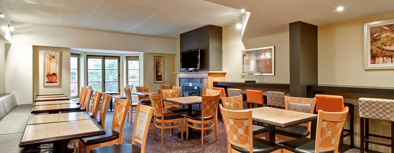 Hôtel Homewood Suites by Hilton Mont-Tremblant Resort - Espace petit déjeuner