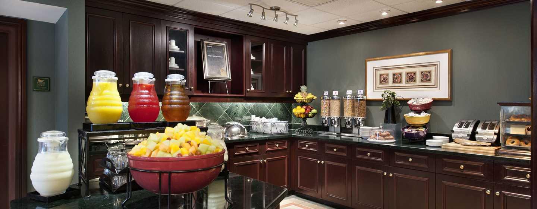 Hôtel Homewood Suites by Hilton Toronto-Mississauga, Canada - Espace petit déjeuner