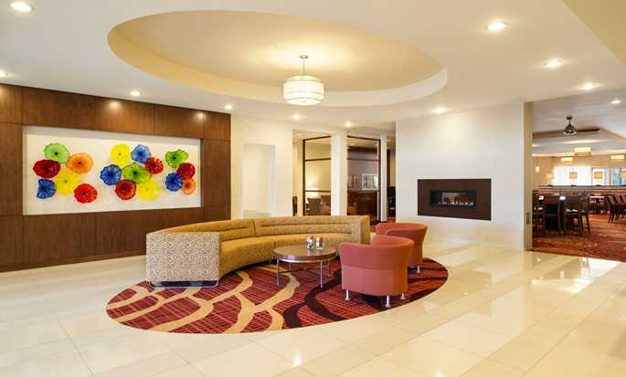 Hôtel Homewood Suites by Hilton Winnipeg Airport-Polo Park, Manitoba, Canada - Hall