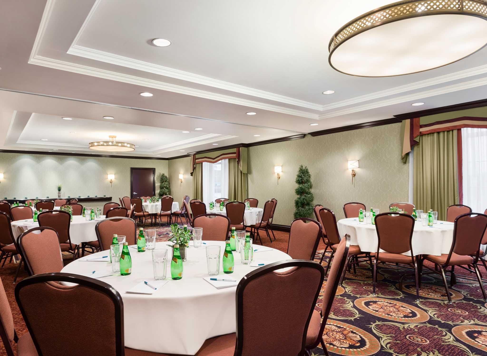Hilton Garden Inn Kitchener Cambridge Ontario Hotels Homewood Suites By Hilton Cambridge