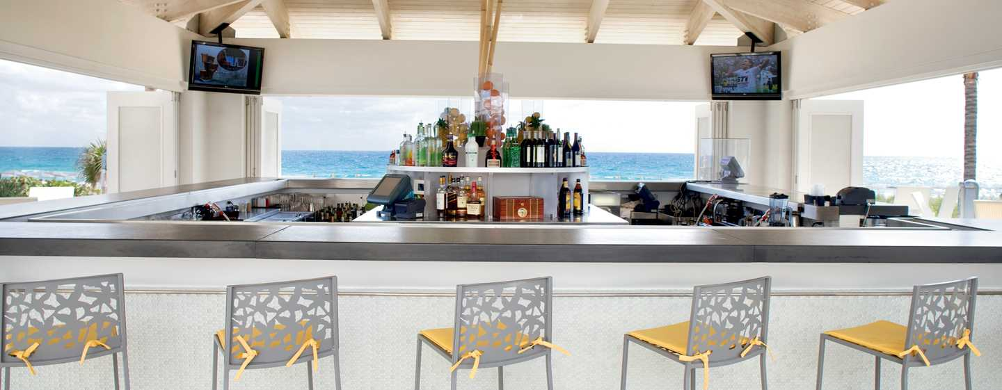 Hotel Boca Beach Club, a Waldorf Astoria Resort, EUA – Beaches Cafe and Bar
