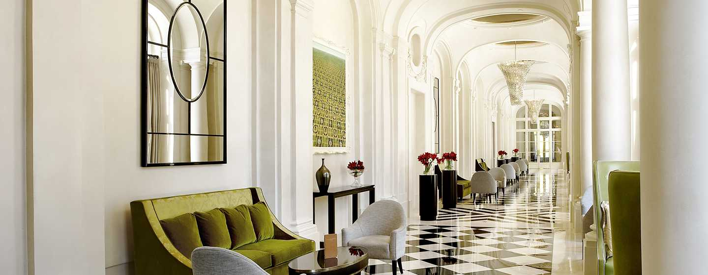 Trianon Palace Versailles, A Waldorf Astoria Hotel, Frankreich – Hoteleingang
