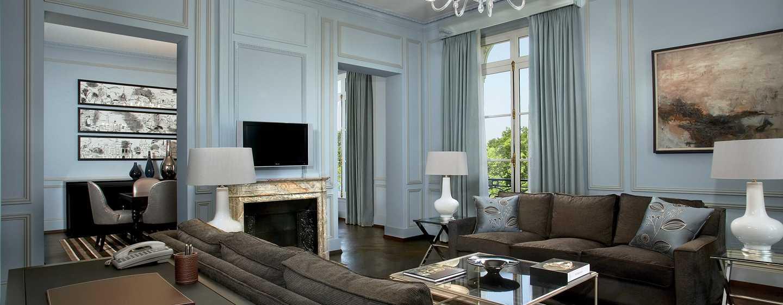 Hôtel Waldorf Astoria Trianon Palace Versailles, France - Salle de séjour de la Suite Versailles