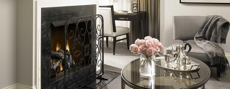 Hôtel Waldorf Astoria Chicago - Cheminée d'une suite Junior