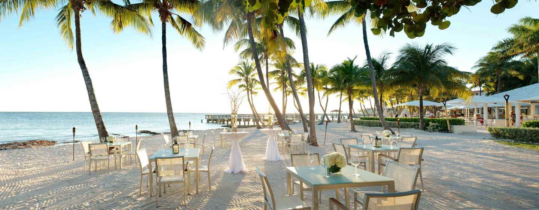 Casa Marina, a Waldorf Astoria Resort, Florida, Vereinigte Staaten - Genießen Sie ein Dinner am Strand des Casa Marina.