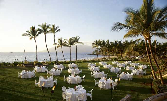 Grand Wailea, a Waldorf Astoria Resort, Hawaii - Outdoor Wedding