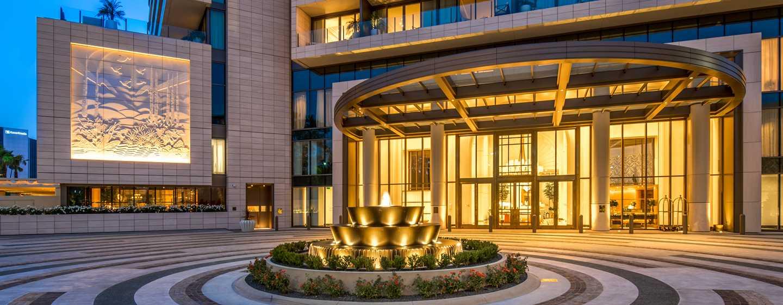 Waldorf Astoria Beverly Hills, California - Pórtico de WABH