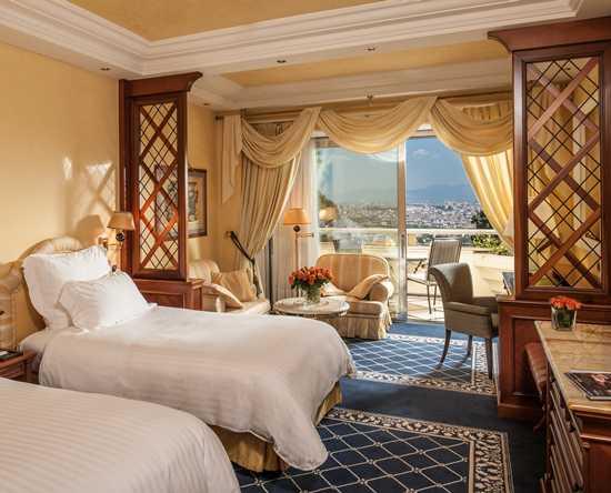 chambres et suites de luxe h tel rome cavalieri a waldorf astoria resort. Black Bedroom Furniture Sets. Home Design Ideas