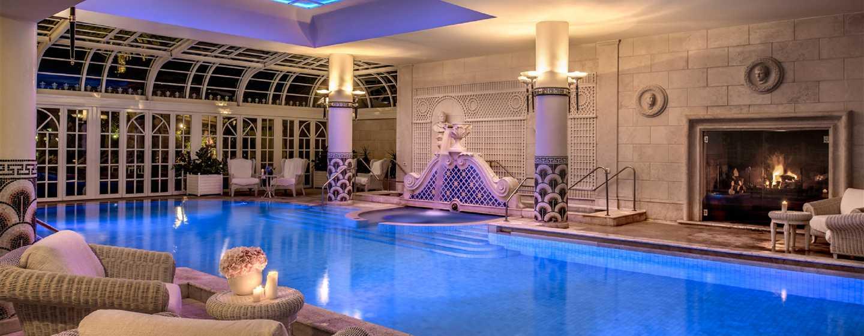 Rome Cavalieri, A Waldorf Astoria Resort, Italië - Binnenzwembad