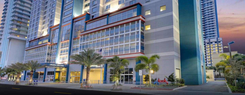 Hampton Inn & Suites Miami - บริกเวลล์ ดาวน์ตัน