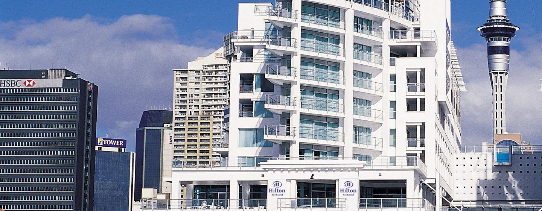 Genießen Sie Ihren Aufenthalt im Hilton Auckland, welches direkt am Wasser gebaut ist