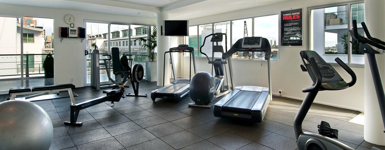 Ihrem Trainingsplan können Sie im gut ausgestatteten Fitness Center nachgehen