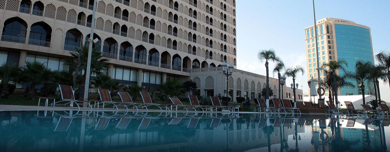 Hôtel Hilton Alger, Algérie - Extérieur de l'hôtel et piscine