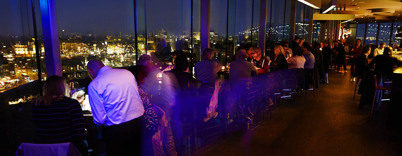 DoubleTree by Hilton Hotel Amsterdam Centraal Station, Pays-Bas - Skylounge en soirée