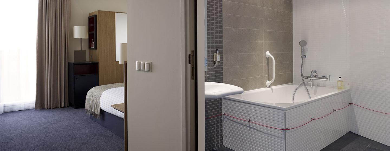 Doubletree By Hilton Hotel Amsterdam Centraal Station, Paesi Bassi - Camera per disabili con letto queen size
