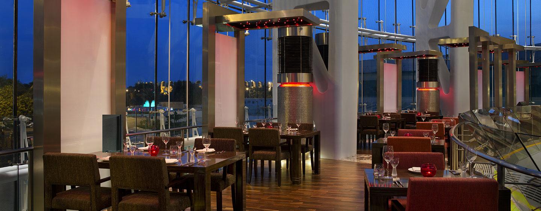 Hotel Hilton Capital Grand Abu Dhabi, EAU - Ristorante Rouge