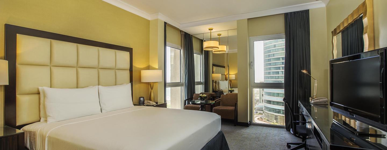Hôtel Hilton Abu Dhabi, EAU - Chambre de luxe avec très grand lit