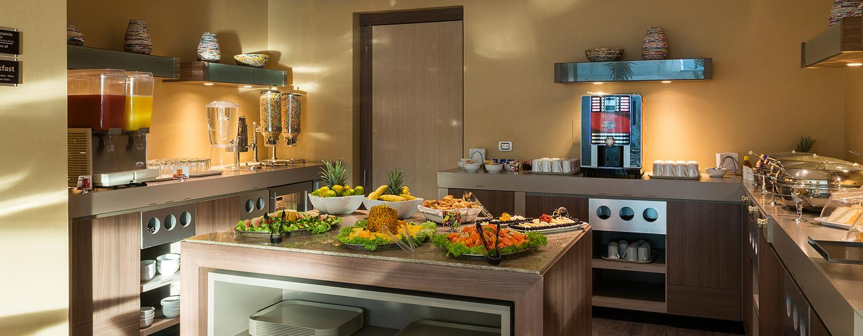 Hotel Hampton by Hilton Barranquilla, Colombia - Área de desayuno