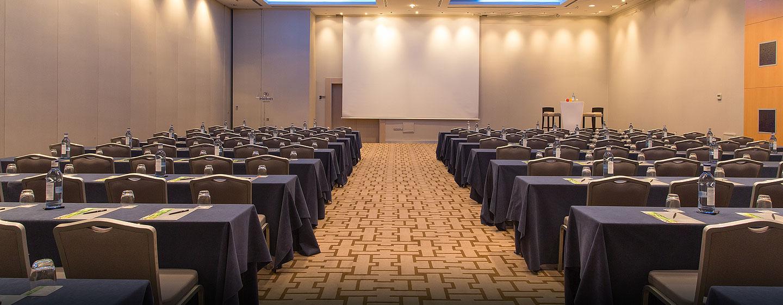 Konferenzen und Kongresse mit bis zu 610 Gästen können im Hotel veranstaltet werden