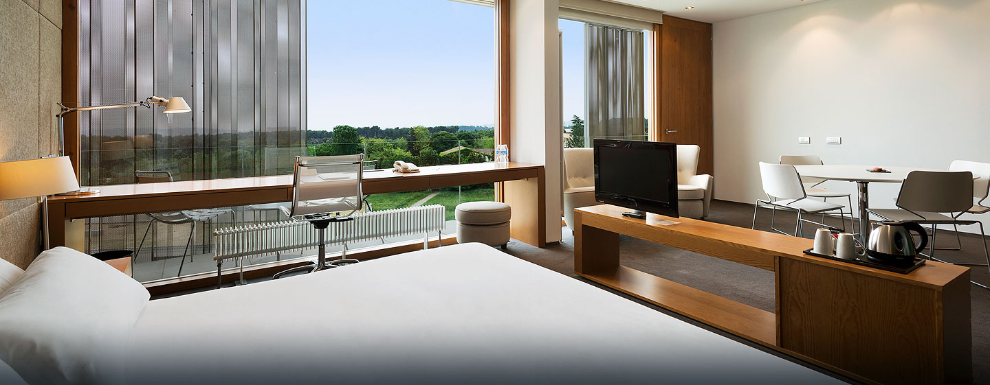 DoubleTree by Hilton Hotel & Conference Center La Mola, Terrassa, España - Suite Junior