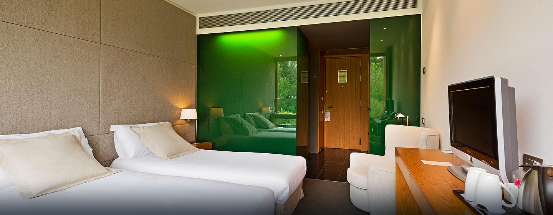 DoubleTree by Hilton Hotel & Conference Center La Mola, Terrassa, España - Habitación con camas gemelas
