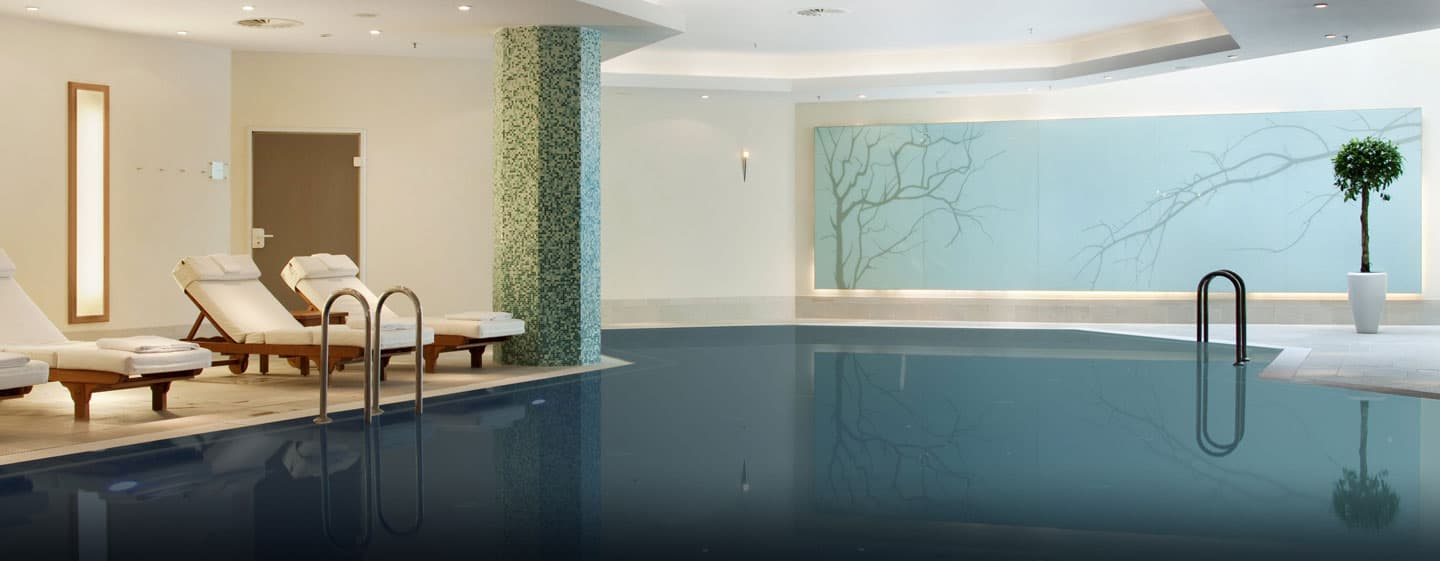 Hotel Hilton Berlin, Germania - Health club Hilton - Piscina