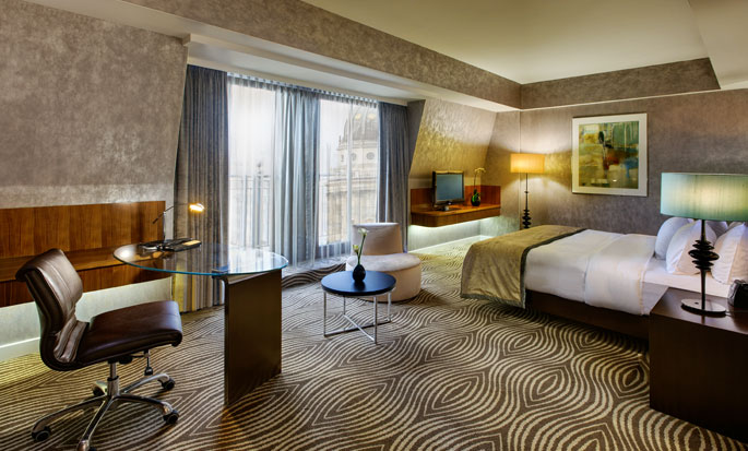 Hilton Berlin Hotel, Deutschland – Geräumiges Gästezimmer