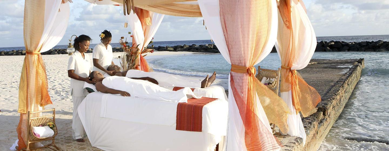 Hilton Barbados Resort Hotel - vista da praia