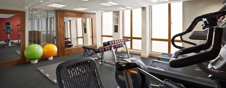 Trainieren Sie im gut ausgestatteten Fitness Center des Hotels