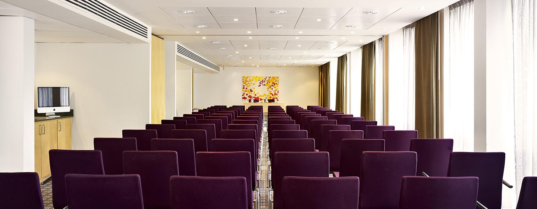 Bis zu 120 Teilnehmer können Sie zu Ihrer Tagung im Hotel einladen