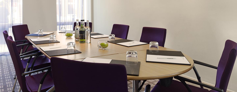 Sieben, mit moderner Technik ausgestattete Meetingräume, stehen Ihnen zur Verfügung