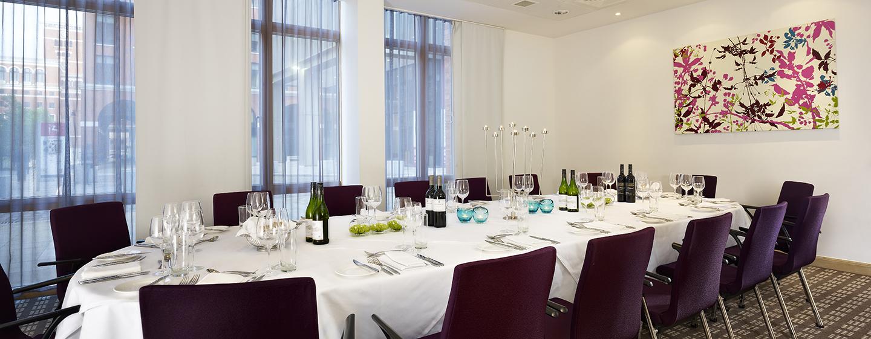 Ein privates Essen können Sie im Meetingraum organisieren