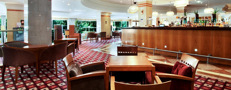 Die gemütliche Lounge Bar ist für Gäste 24 Stunden geöffnet