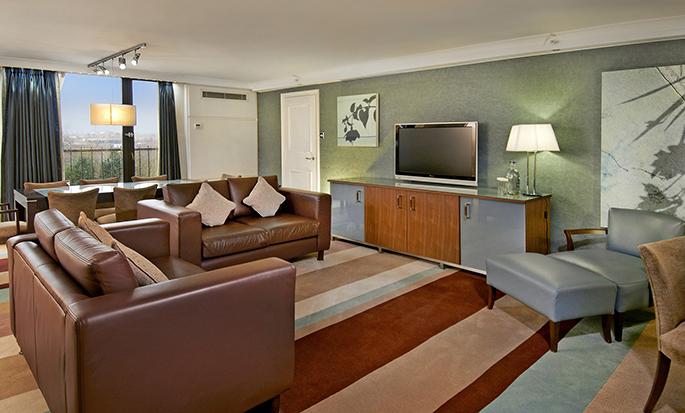 Hilton Birmingham Metropole - Guest Room