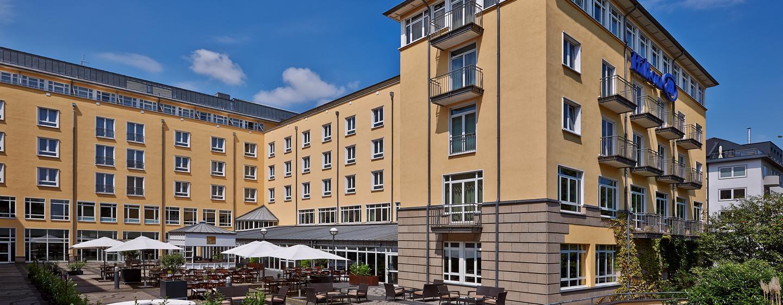 Am Ufer des Rheins begrüßt Sie das Hilton Bonn