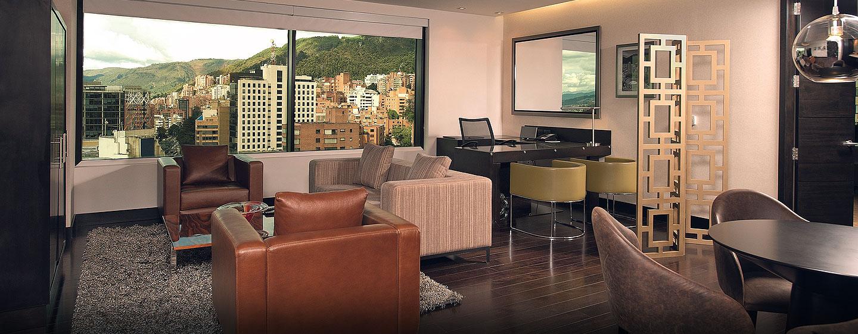 Hilton Bogotá - Sala de estar de la suite